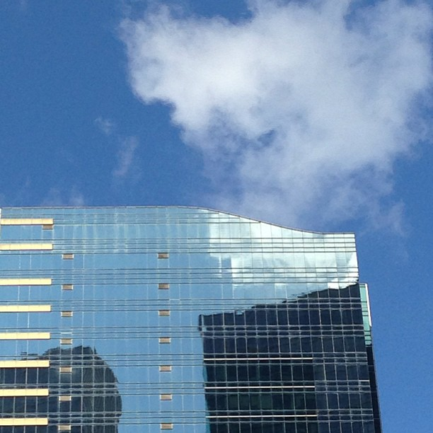 Reflection of #sky and #clouds in #buildings of #glass and #steel. #hongkong #hk #hkig
