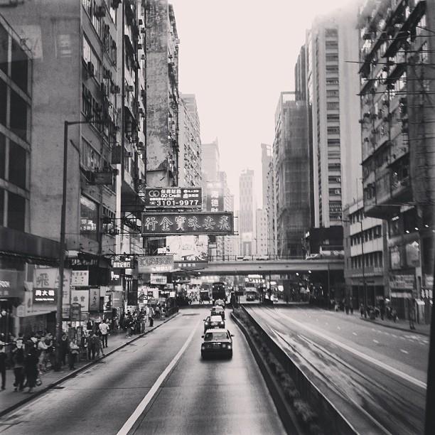 #mono - the #streets of #causewaybay #hongkong. #hk #hkig