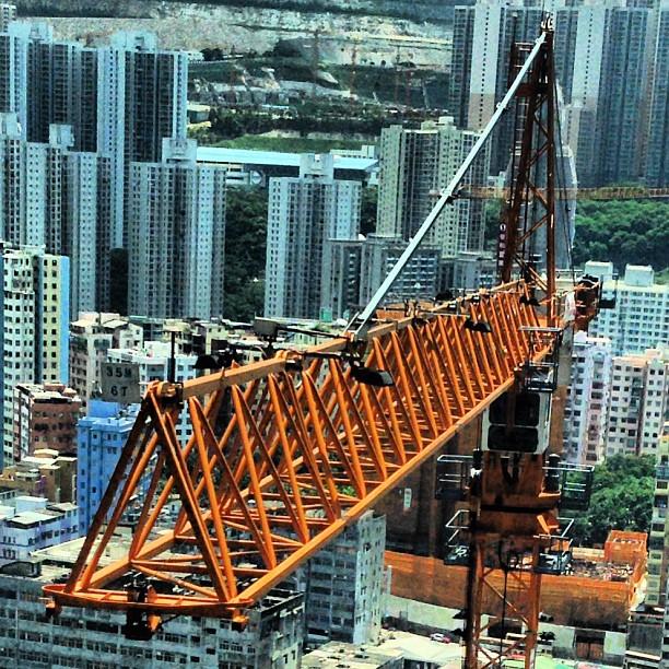 A #crane at a #construction site in #kwuntong. #hongkong #hk #hkig