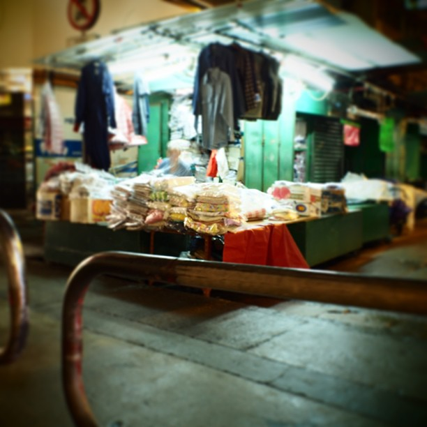 A #street clothing #stall closes for the #night. #hongkong #hk # #hkig