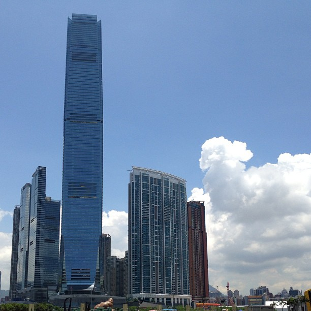 #ICC towers over #kowloon. #hongkong #hk #hkig