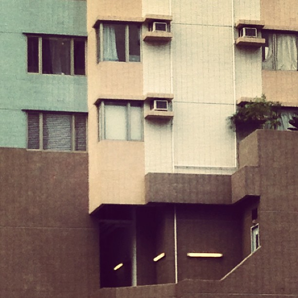 #patterns in #architecture - #lines and #angles in an #apartment #building. #hongkong #hk #hkig