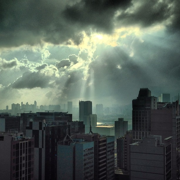 #storm #clouds over #kowloon. #hongkong #hk #hkig