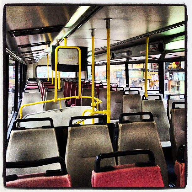 A rare sight - a completely #empty #bus in #hongkong. #hk #hkig