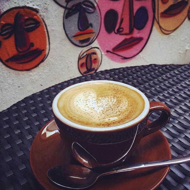 A #gingerbread #latte at Opendoor #Cafe in #SheungWan. #hongkong #hk #hkig #coffee