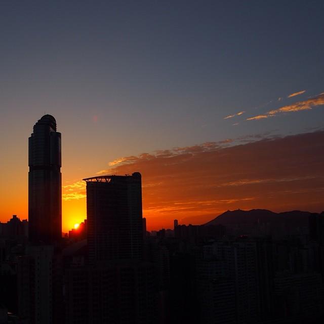 A #mongkok #silhouette at #sunrise. #hongkong #hk #hkig