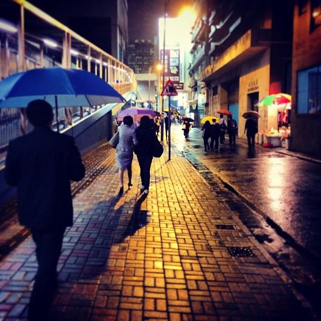 A #rainy #night in #KwunTong. #hongkong #hk #hkig