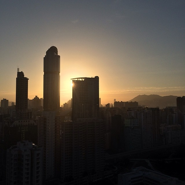 #morning #silhouette of #LanghamPlace on a #Mongkok #sunrise. #hongkong #hk #hkig