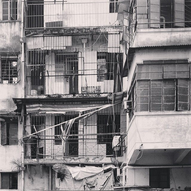 #urban #decay - an old #tonglau in #hongkong. #hk #hkig