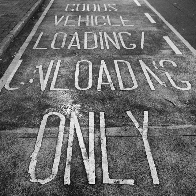 #hongkong #road #sign - Goods Vehicle Loading / Unloading Only. #mono #hk #hkig