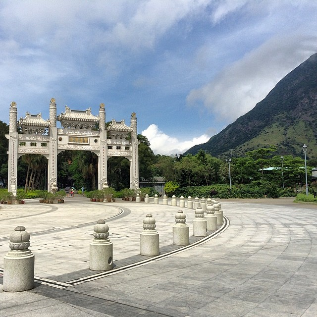 The #arch / #gate leading to the #PoLin #Monastery in #Lantau. #hongkong #hk #hkig