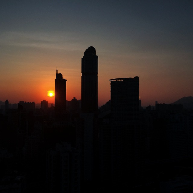 Another beautiful autumn #dawn - #sunrise over #Mongkok. #HongKong #hk #hkig