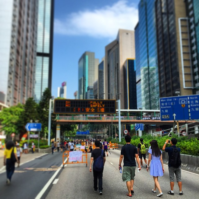 Follow the road to #OccupyHK. #protesters walking from #Admiralty to #CausewayBay. #HongKong #hk #hkig
