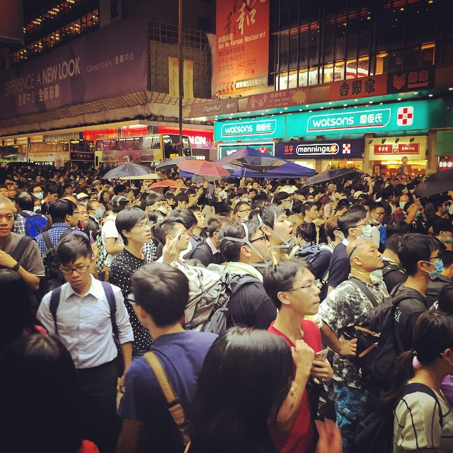 #Mongkok is a seething tide of humanity right now. It's no longer an #umbrellarevolution or #OccupyHK, after the clear out this morning, it's now just an angry #mob. #HongKong #hk #hkig