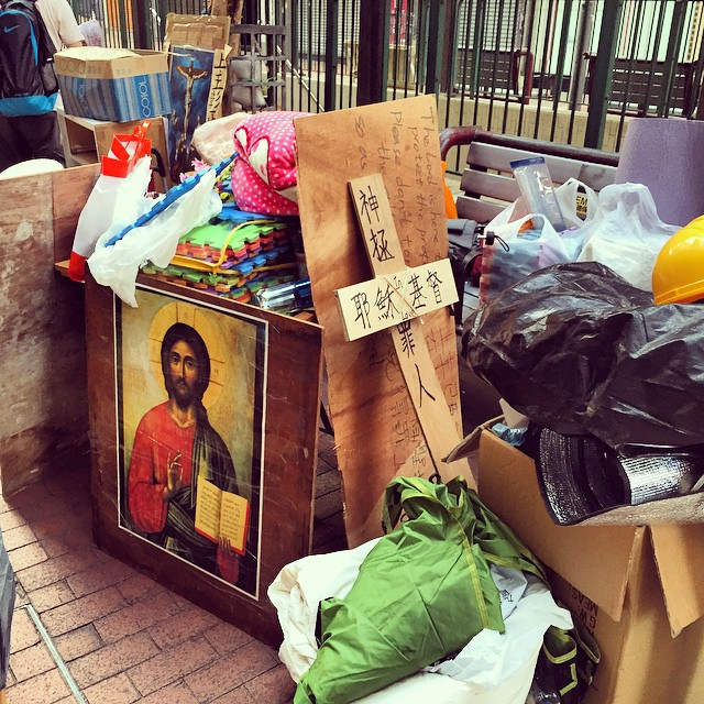The #Jesus #shrine (the #Chapel of St Francis on the Street, remember?) on #NathanRoad has been nearly packed up and put aside in the clearing of #OccupyHK #Mongkok. #hk #hkig #HongKong