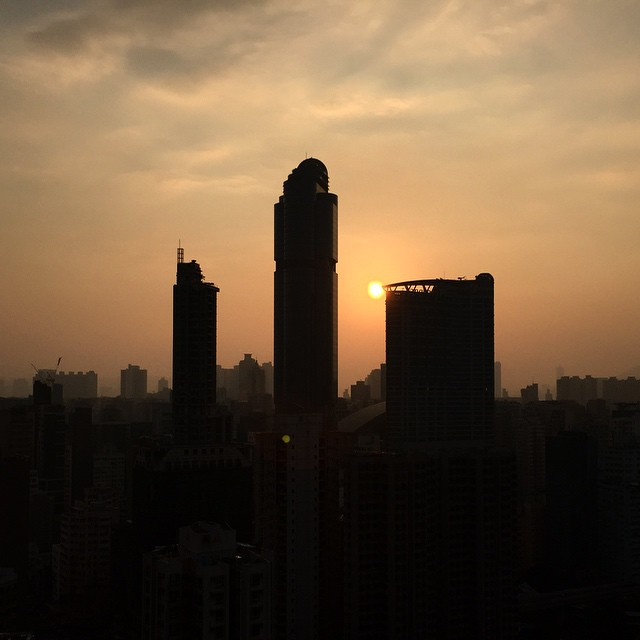 #LanghamPlace #Mongkok winter #silhouette. Just another dreary #dawn. #sunrise #HongKong #hk #hkig