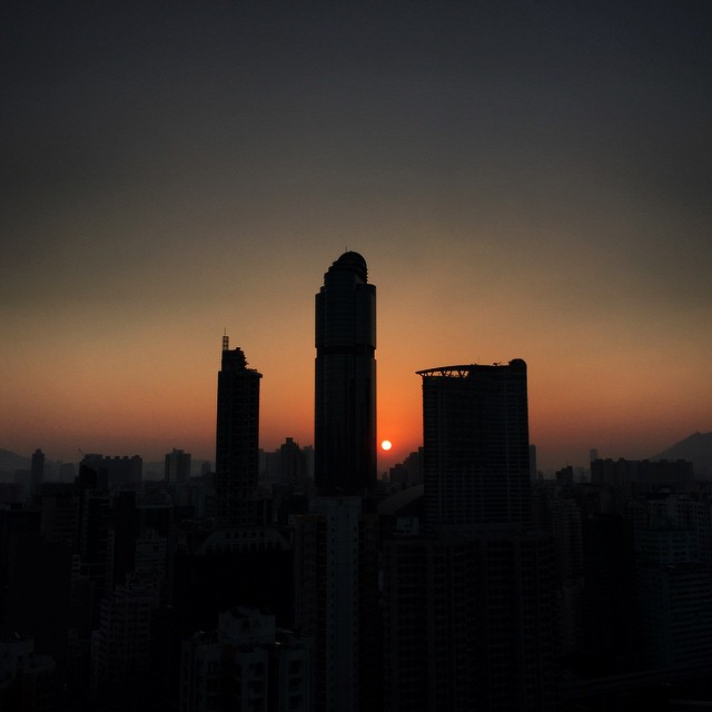#sunrise #silhoutte of #LanghamPlace in #Mongkok. #hongkong #hk #hkig