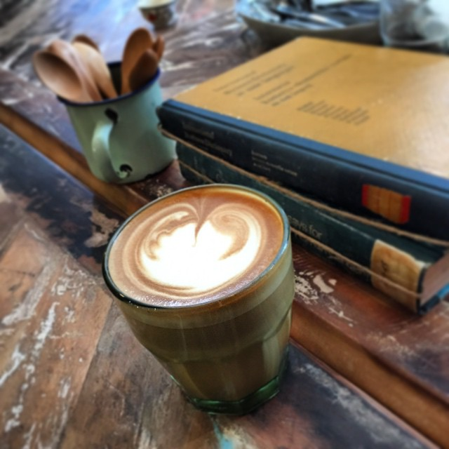 A #latte at #oldish in #KwunTong. #HongKong #hk #hkig #cafe #coffee