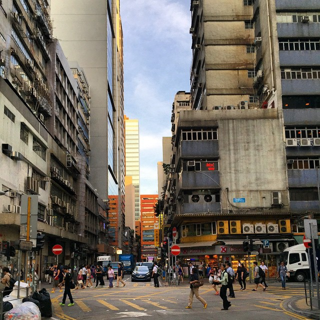 #evening on the streets of #KwunTong. #HongKong #hk #hkig