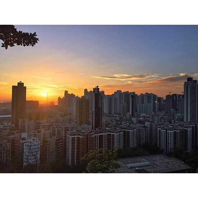#sunset over #ShamShuiPo in #Kowloon. #hongkong #hk #hkig