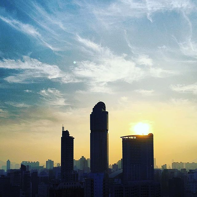 # NewYearsDay #2016 - #dawn over #mongkok. #langhamplace #HongKong #hk #hkig