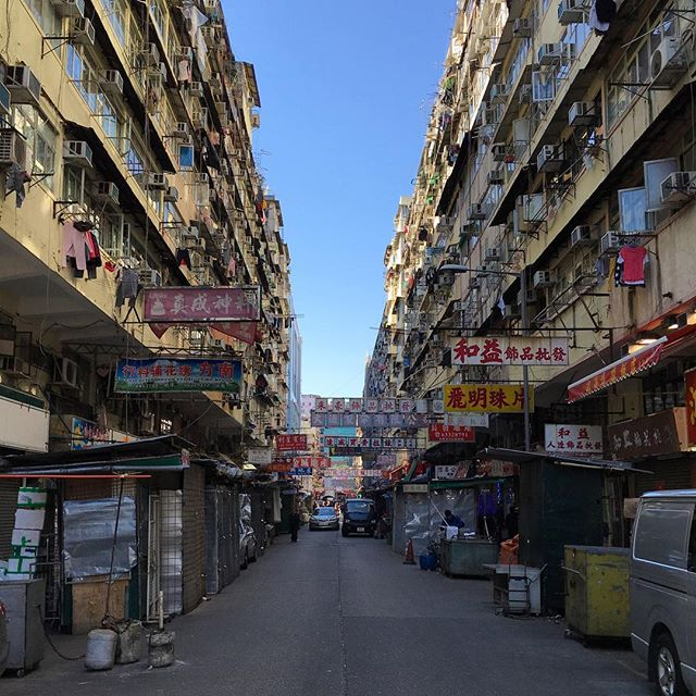 #ChineseNewYear in #HongKong. The #streets of #ShamShuiPo are quiet. #HK #hkig
