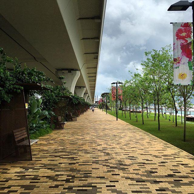 The #KwunTong #Promenade. #hongkong #HK #hkig #KwunTongPromenade #perspective