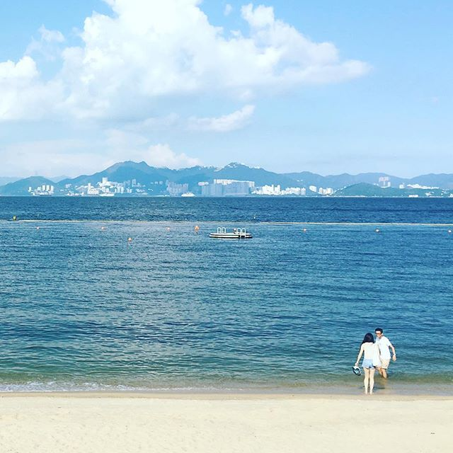 End of #summer - #CheungChau #TungWan #beach is deserted as summer draws to a close. There's always something a little sentimental to me, about the end of summer. #hongkong #hk #hkig