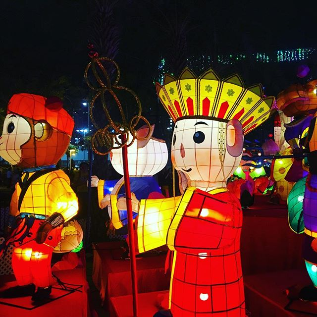 #Monkey and #Monk from Journey to the West in #lantern form in #VictoriaPark #Hongkong for the #midautumfestival #hk #hkig
