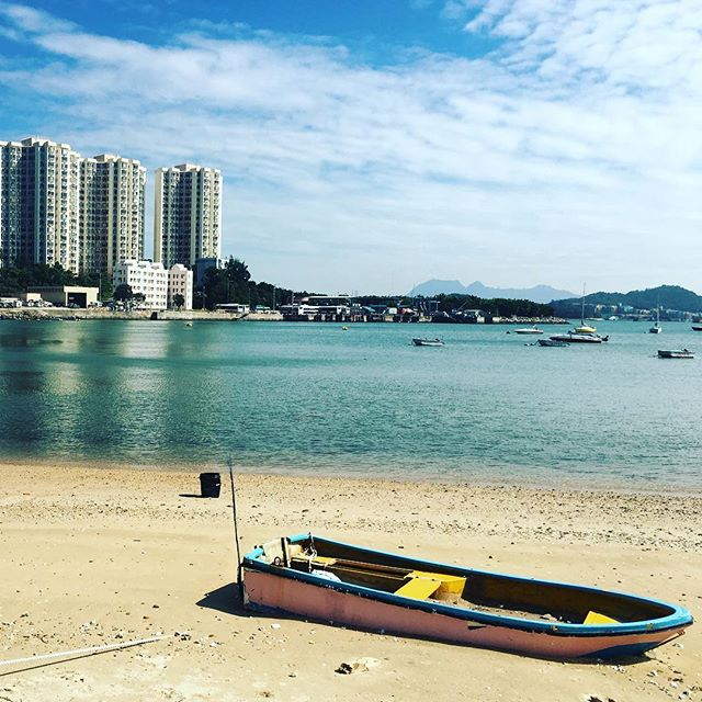 A #boat on #NimShueWan, a #beach near #DiscoveryBay. #hongkong #hk #hkig