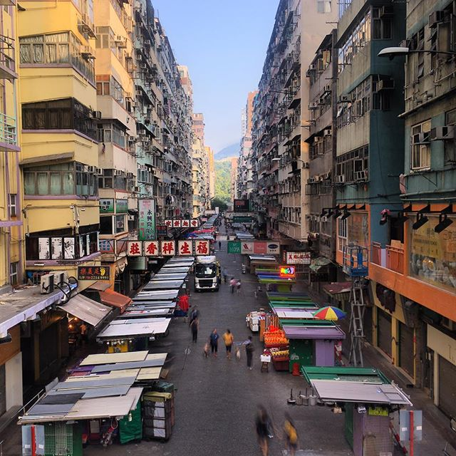 #FaYuenStreet in the day. This famous #street #market in #Mongkok, #kowloon looks very different in the day. #hongkong #hk #hkig. #streetmarket